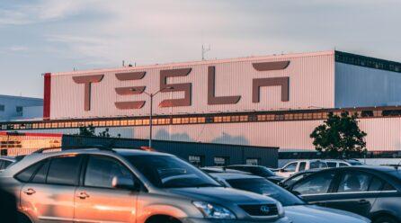 Tesla, het merk dat de auto-industrie veranderde