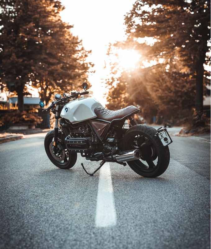 Hoe beïnvloedt de kilometerstand de inruilwaarde van je motor?